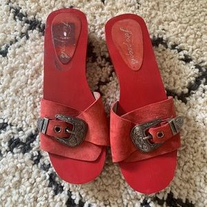 FREE PEOPLE red clog slides